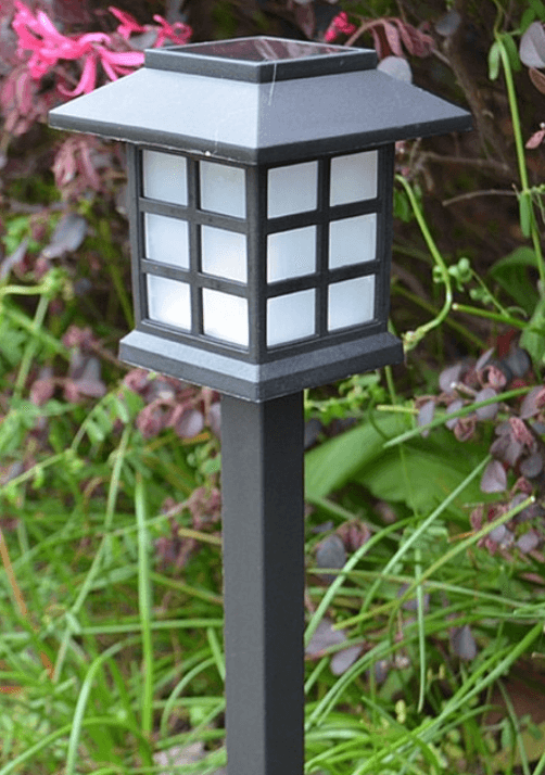 Lantern path light