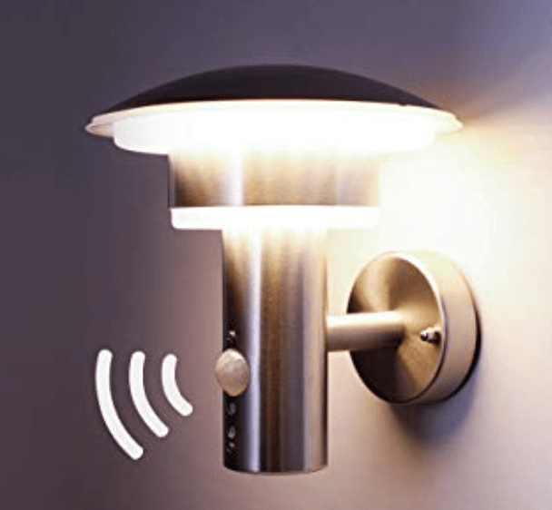Motion-sensing LED wall light